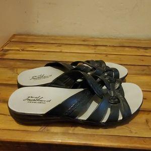 Great northwest annie sandals size 8 M new